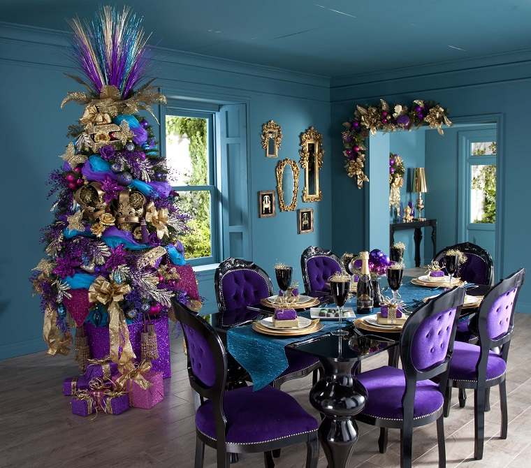 alberi di Natale addobbati idea colorata originale