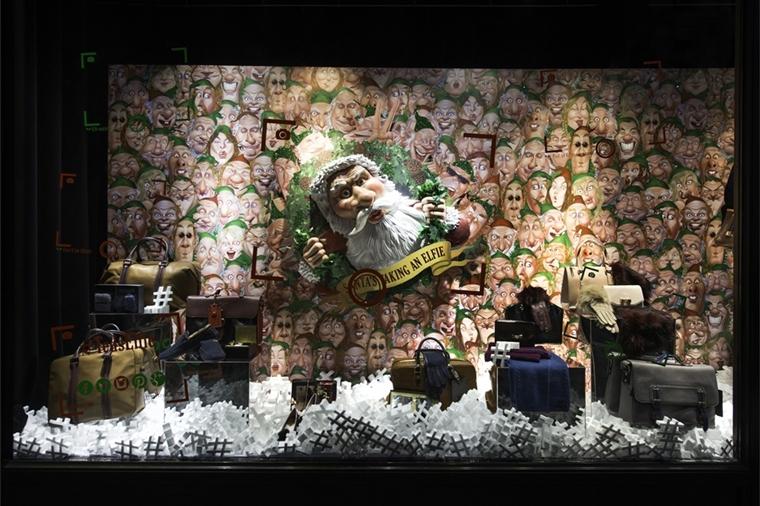 allestimenti natalizi vetrina negozio accessori pelle