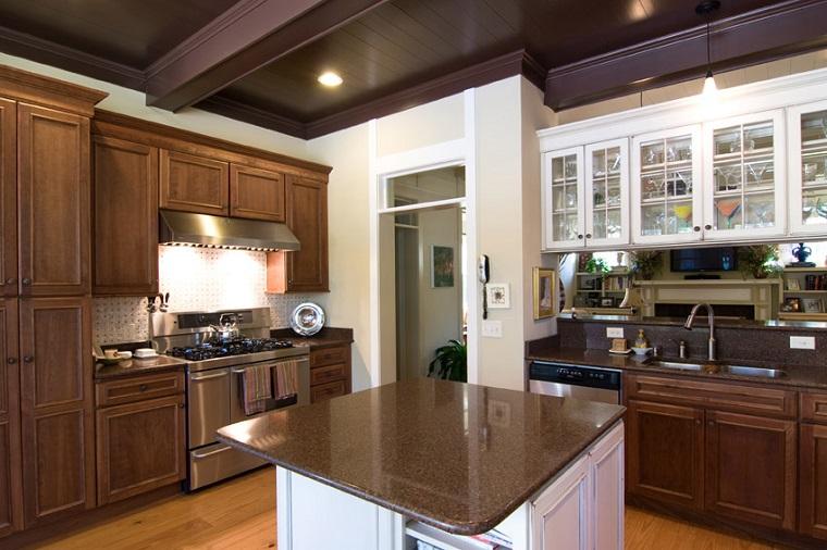 arredo cucina classico mobili legno particolari bianchi