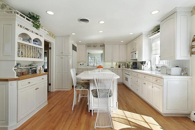 Come arredare una cucina con mobili bianchi e legno - Archzine.it