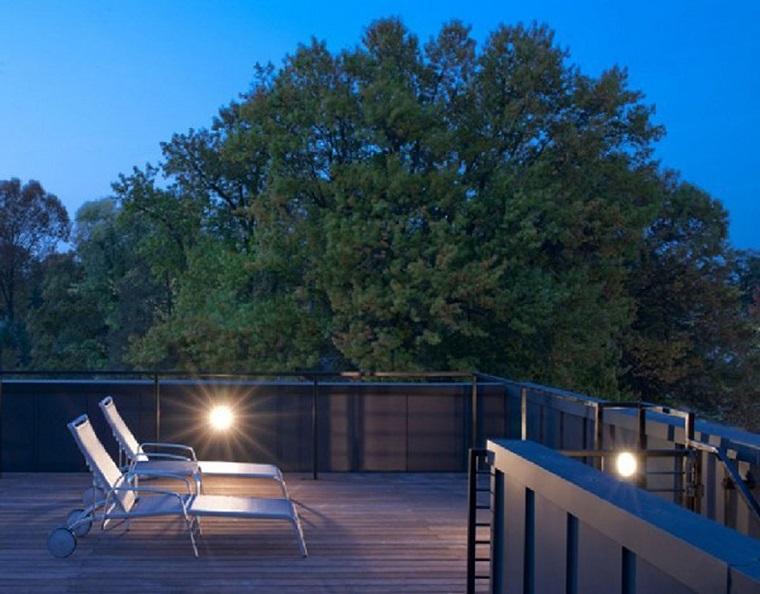 arredo terrazzo dimensioni ridotte stile moderno
