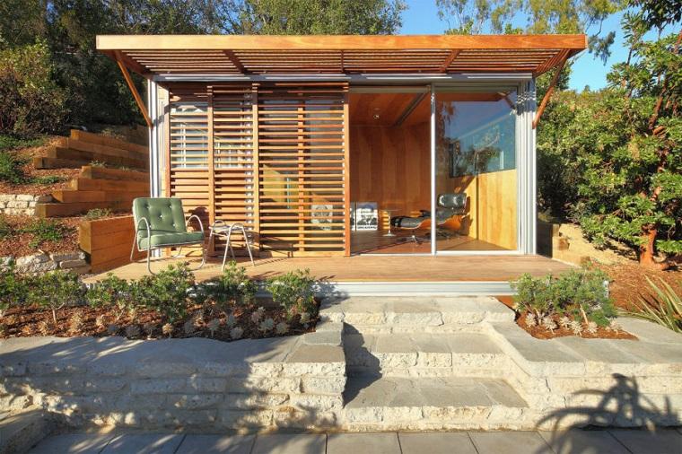arredo ufficio esterno moderno pareti doghe legno