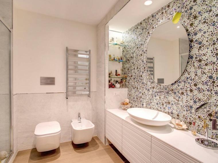 Bagni moderni idee per un arredamento contemporaneo - Rivestimenti bagno mosaico ...