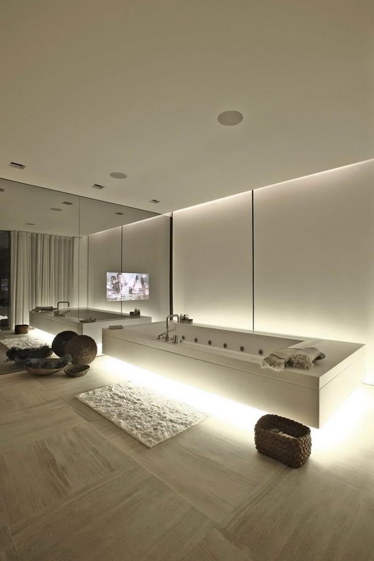 bagno moderno illuminazione nascosta pavimento
