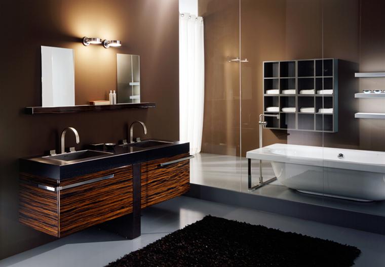 bagno moderno vasca freestanding illuminazione soffusa