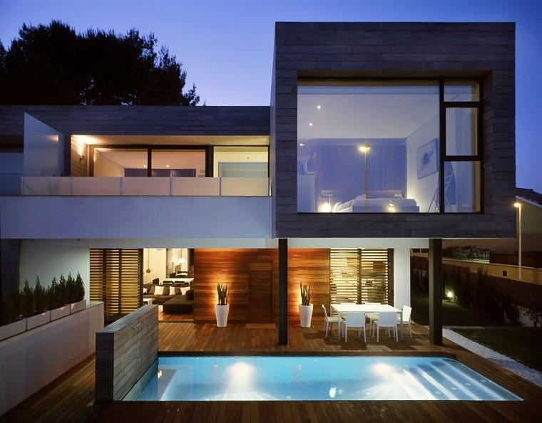 come arredare un terrazzo piscina