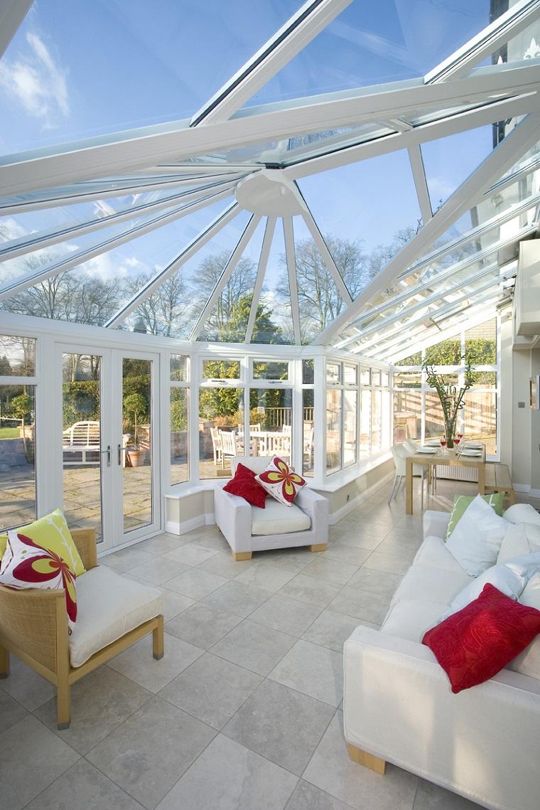 come arredare veranda look chiaro luminoso