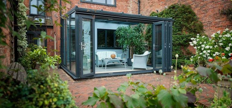 come arredare veranda stile moderno