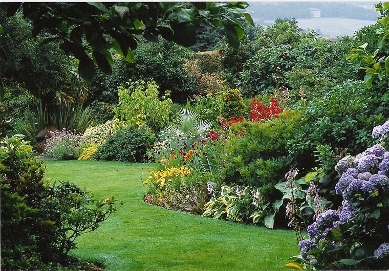 come progettare un giardino idee lussureggianti