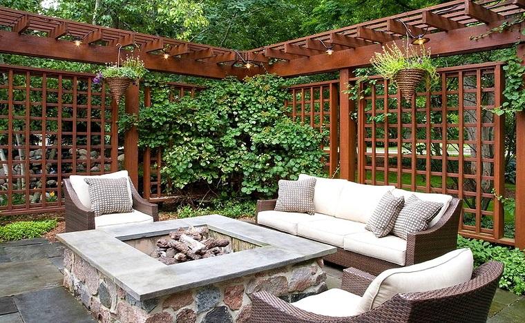 Progettare un giardino tante soluzioni anche fai da te for Soluzioni per dividere giardino