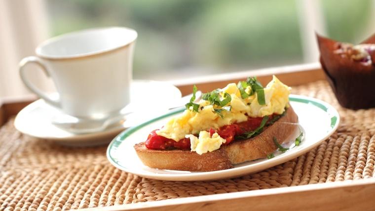 crostini di pane prima colazione