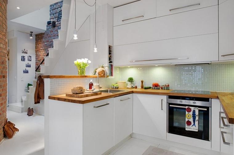 Cucine bianche moderne con inserti in legno le nuove for Piani di garage moderni