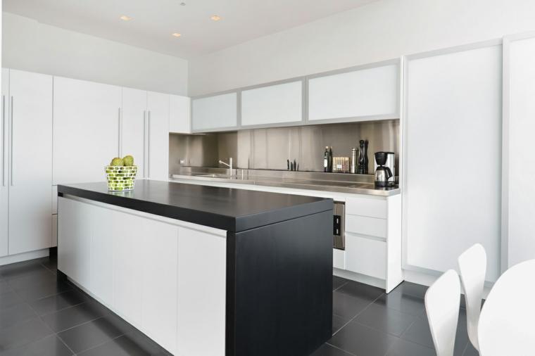 Cucine moderne bianche e nere - 10 idee in piu\' per arredare la cucina