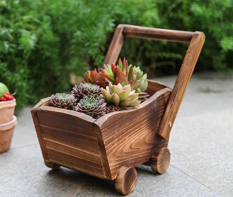 decorazioni giardino idea creativa carrello funzione vaso