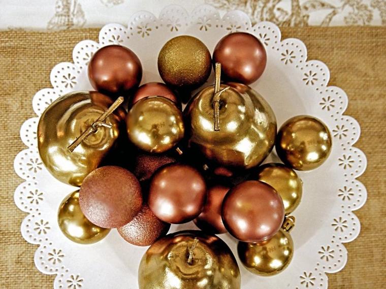 decorazioni natalizie palline brillanti centrotavola