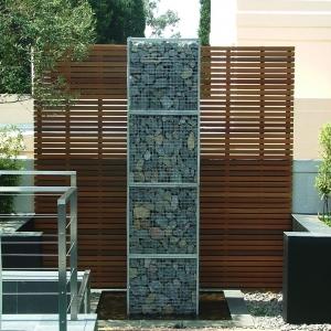 Gabbioni metallici utilizzati come recinzione - tante idee con le pietre