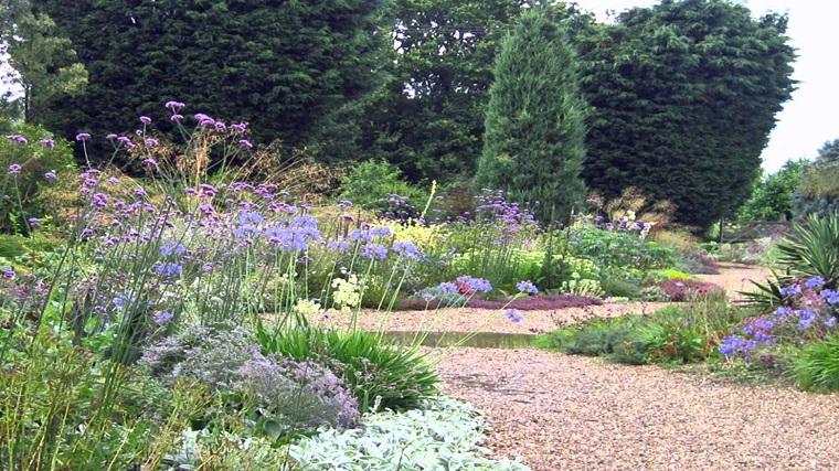 Ghiaia da giardino come trasformare l 39 area esterna in modo semplice ed originale - Piante per giardino giapponese ...