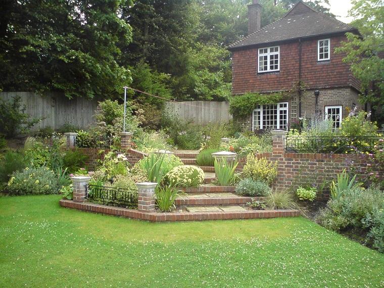 giardino fai da te paesaggio rustico