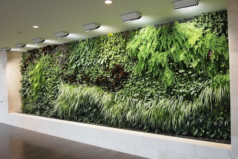 giardino verticale parete floreale verde design