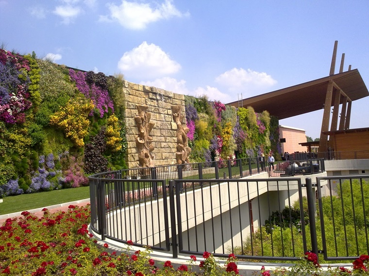 idea giardino verticale centro commerciale