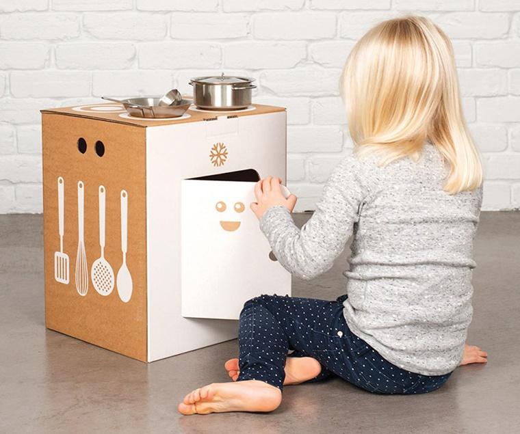 idea originale legno cucina bambine