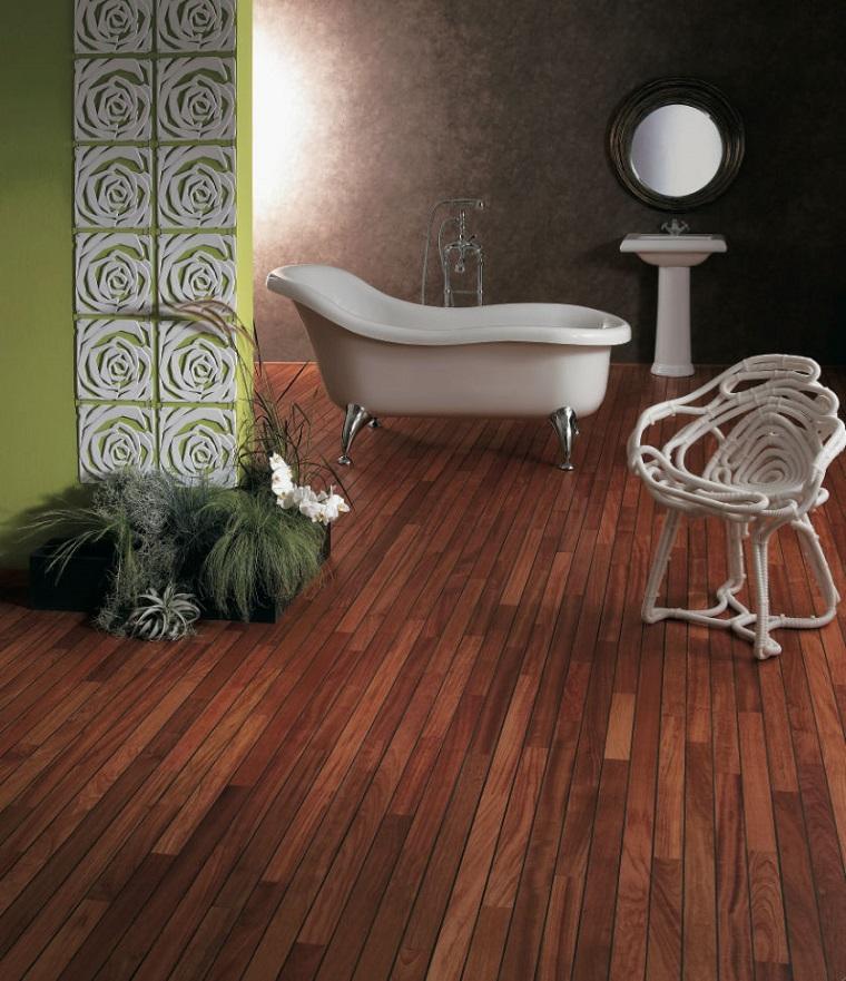 idee bagno pavimento parquet vasca old style