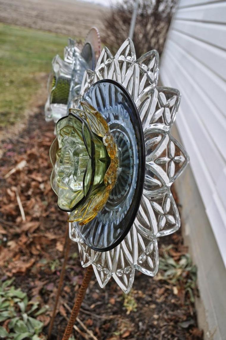 idee giardino forma particolare fiore vetro