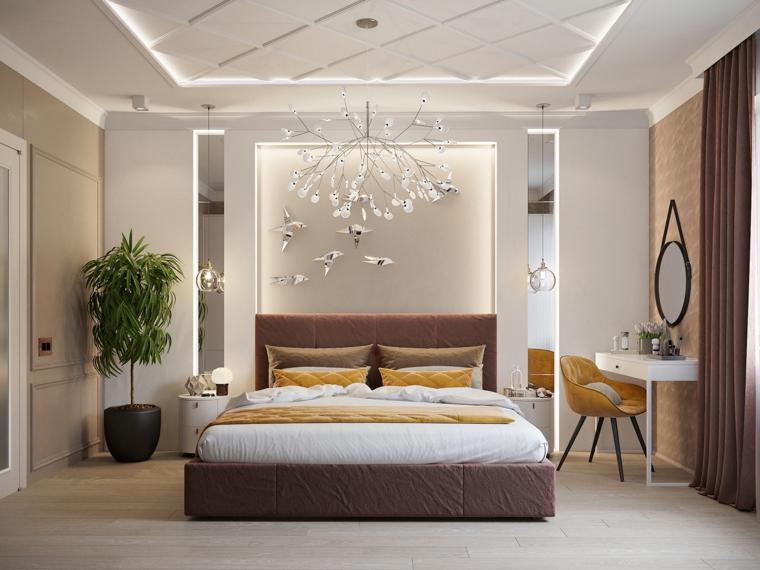 Lampadario mille rami, parete dietro letto con illuminazione nascosta, arredare camera da letto piccola