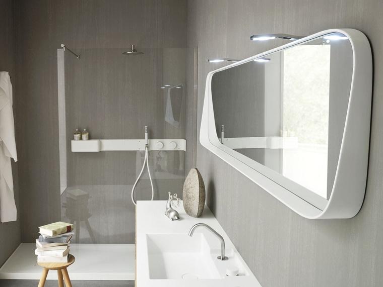 interior design mobili colore bianco box doccia