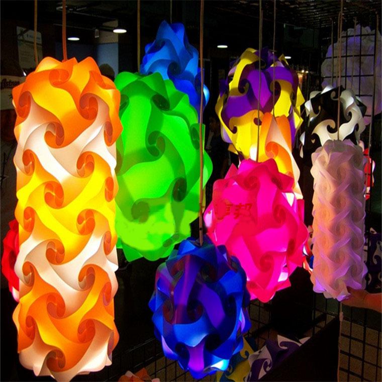 lampade colori vivaci particolari stravaganti