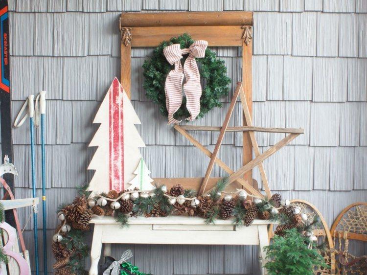 lavoretti natalizi appoggiare appendere parete