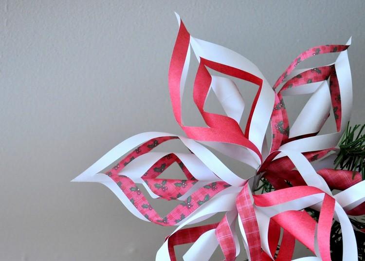 lavoretti natalizi carta forma fiori