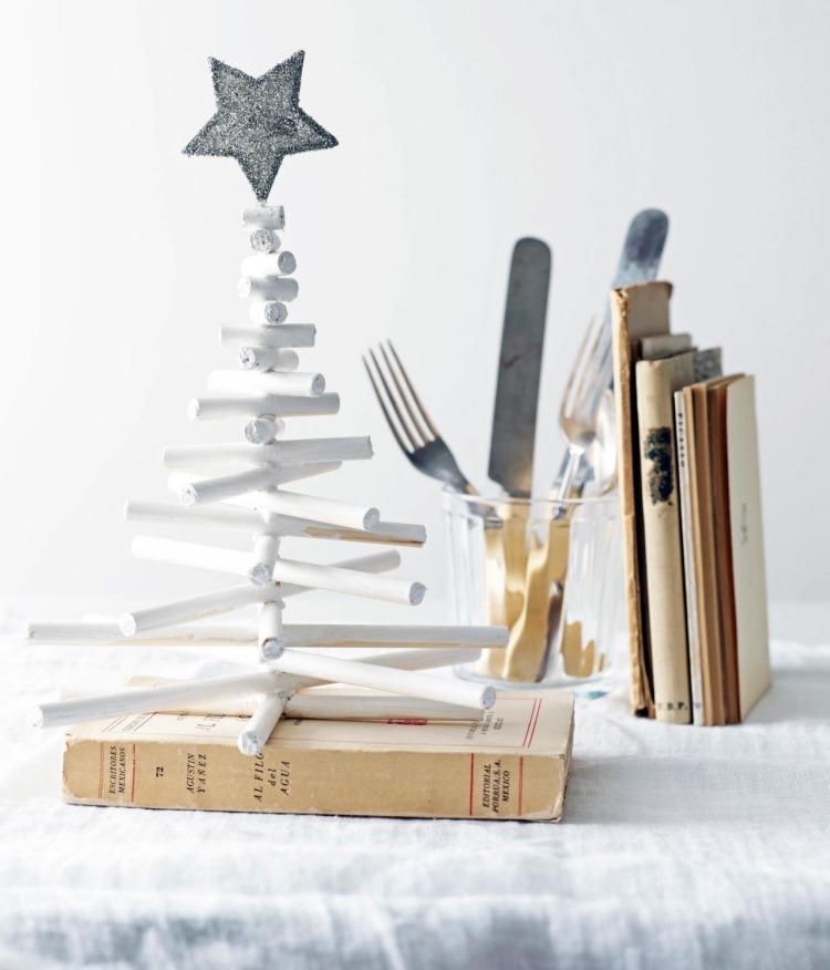 lavoretti natalizi rametti verniciati bianco