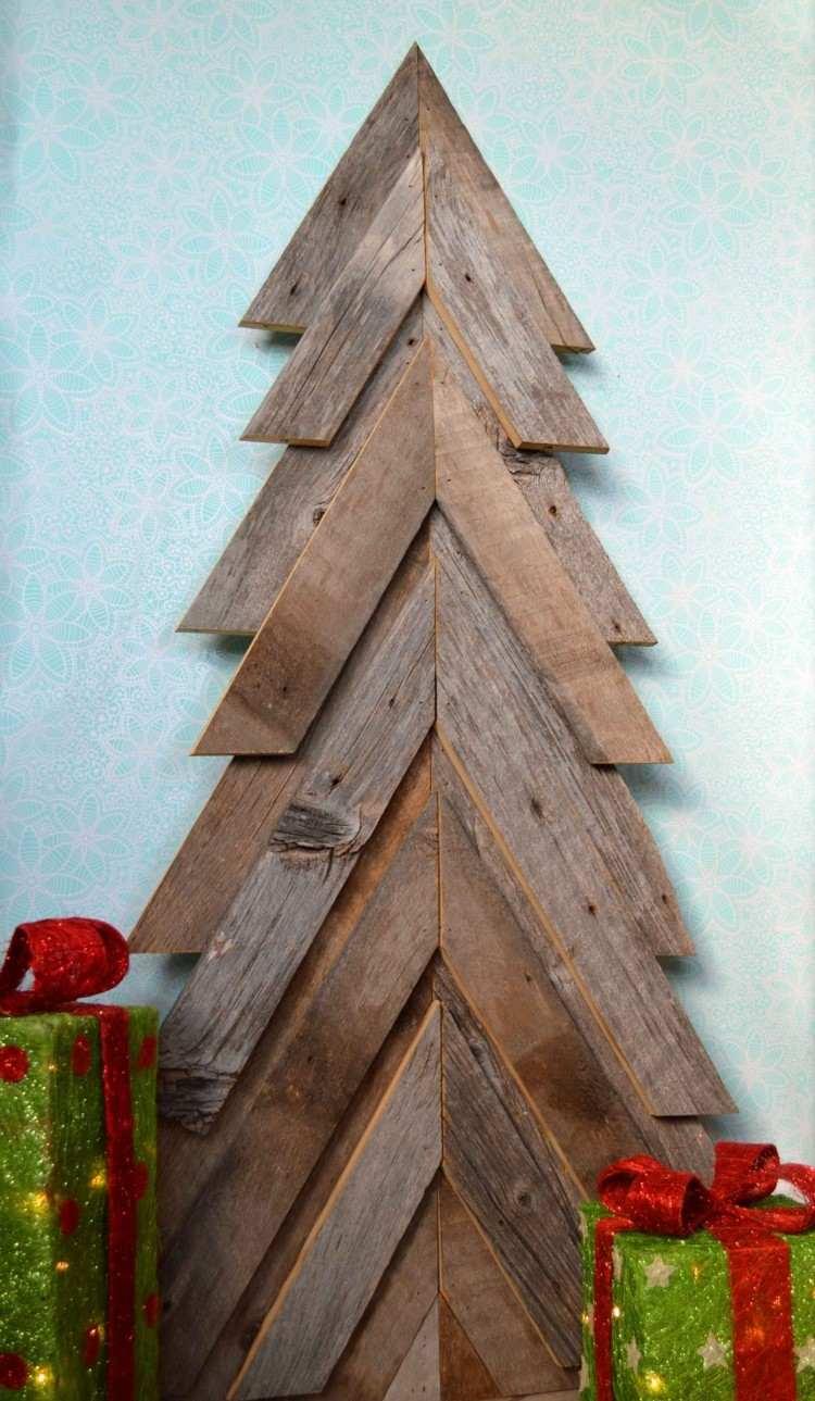 lavoretti natalizi realizzati utilizzando compansato
