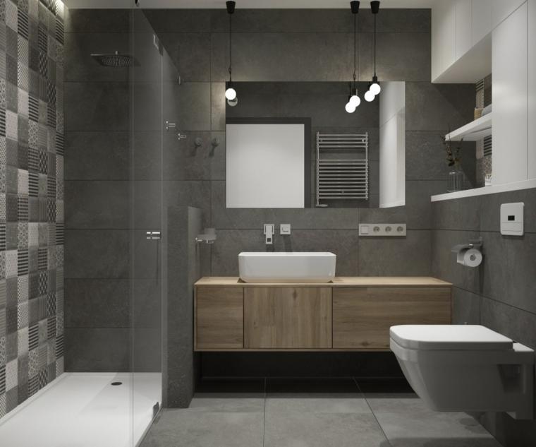 Mobile in legno con lavabo da appoggio, sala da bagno con box doccia, sanitari sospesi