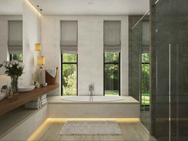 Bagni lussuosi, sala da bagno con vasca, pavimento in legno chiaro, bagno con lavabo da appoggio