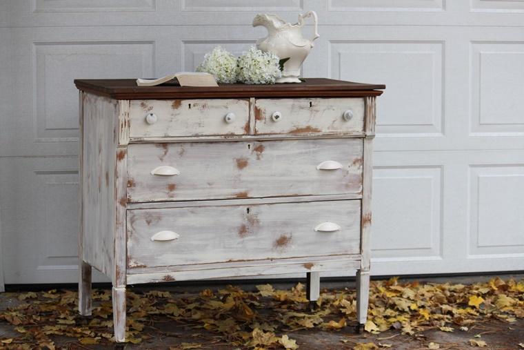Mobili vintage idee e complementi d 39 arredo fai da te - Restauro mobili fai da te ...