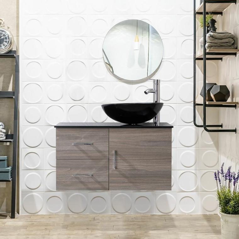 Vaso fiori di lavandula, lavabo nero da appoggio, mobile di legno con cassetti