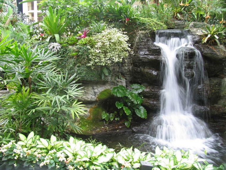 progettare un giardino straordinaria cascata