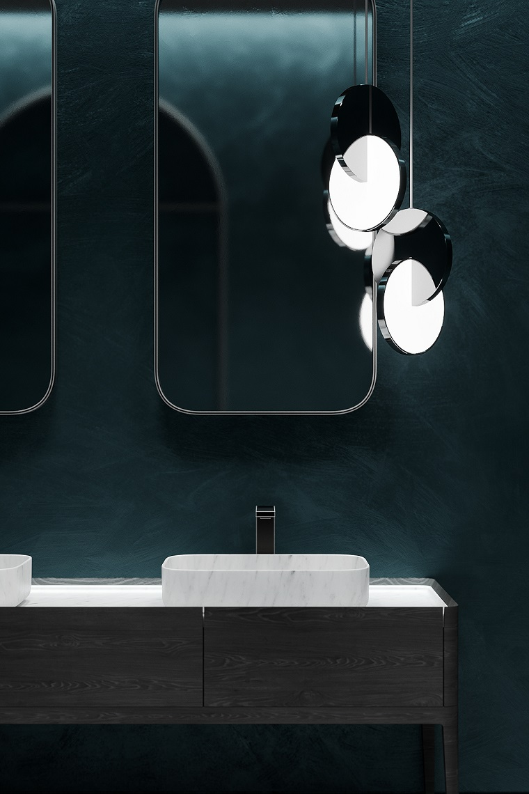 Mobile bagno doppio lavabo, specchi con retro illuminazione, parete dipinta di colore verde