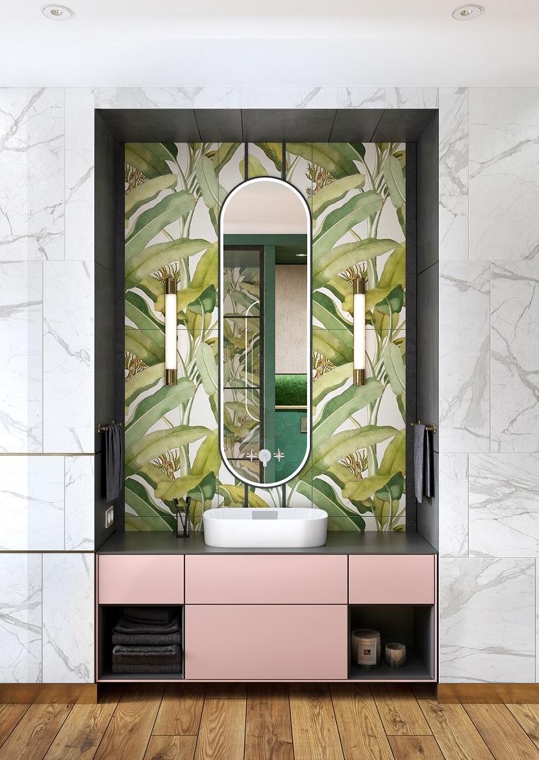 Mobile bagno con lavabo appoggio, piastrelle motivi giungla, mobile lavabo di colore rosa