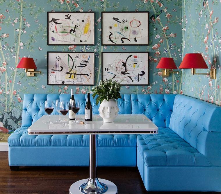 sala da pranzo piccola divano angolare in pelle di colore azzurro