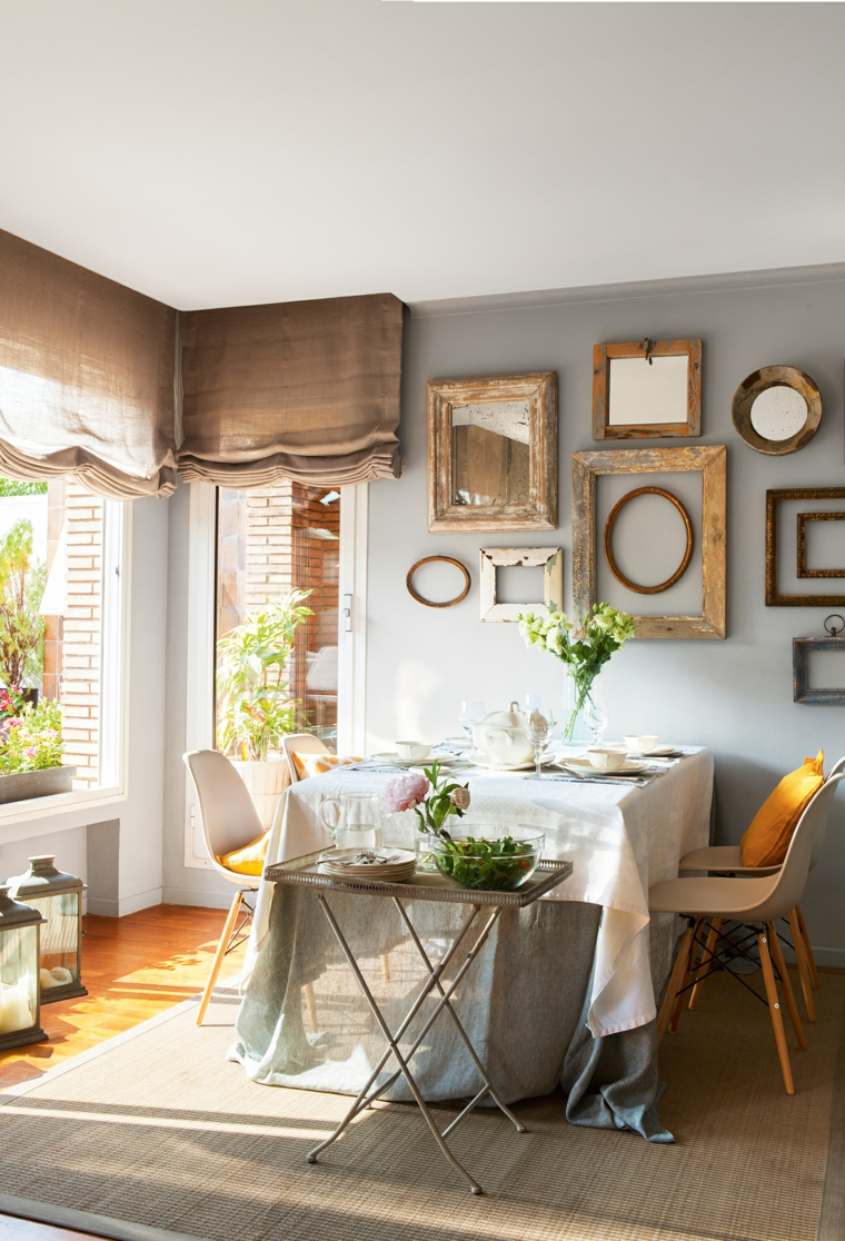 sala piccola come arredarla tavolo rettangolare con tovaglia