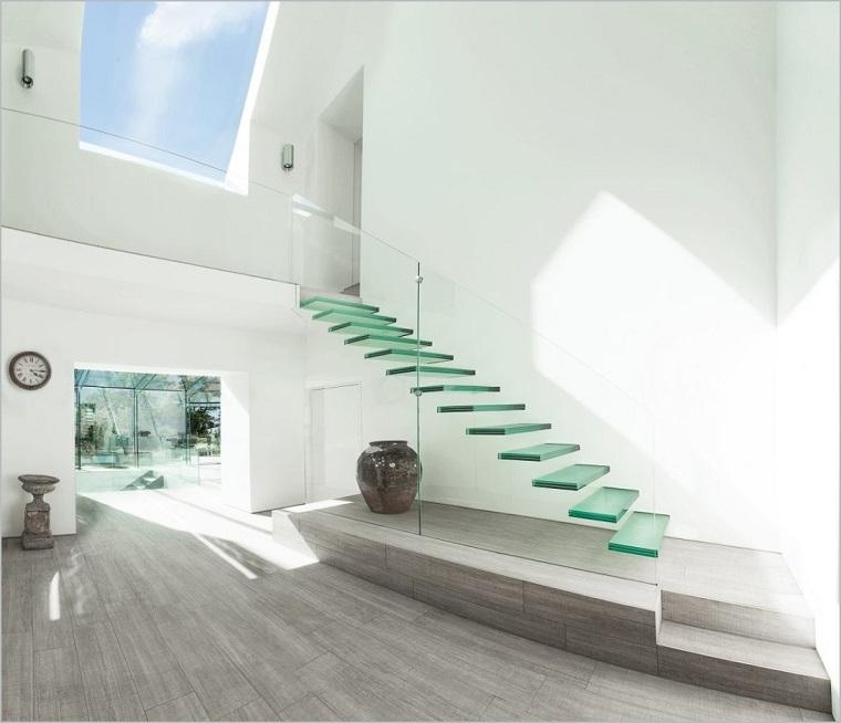 scale moderne per interni gradini vetro sospesi