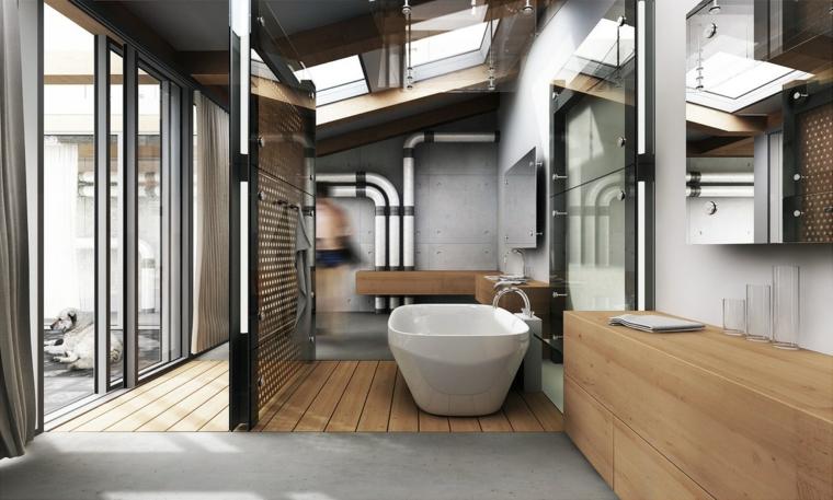Sala da bagno con vasca, mobili in legno, bagno con finestre e tubi
