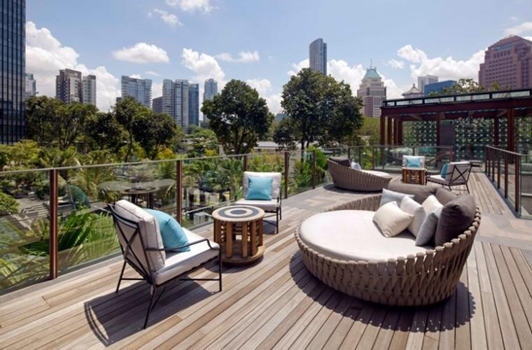 Terrazzi moderni complementi darredo e consigli pratici da seguire