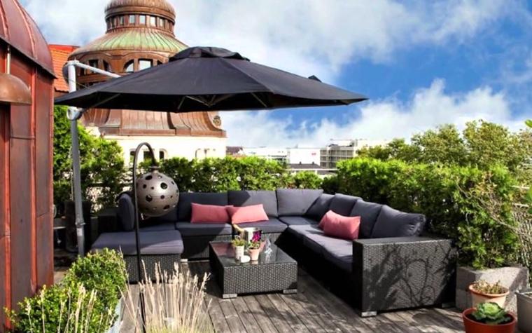 terrazzo piccolo pavimento legno ombrellone