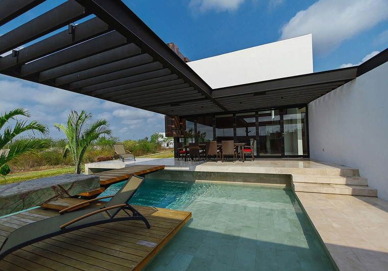 terrazzo piscina design moderno elegante
