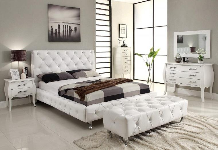 testata letto imbottita colore bianco