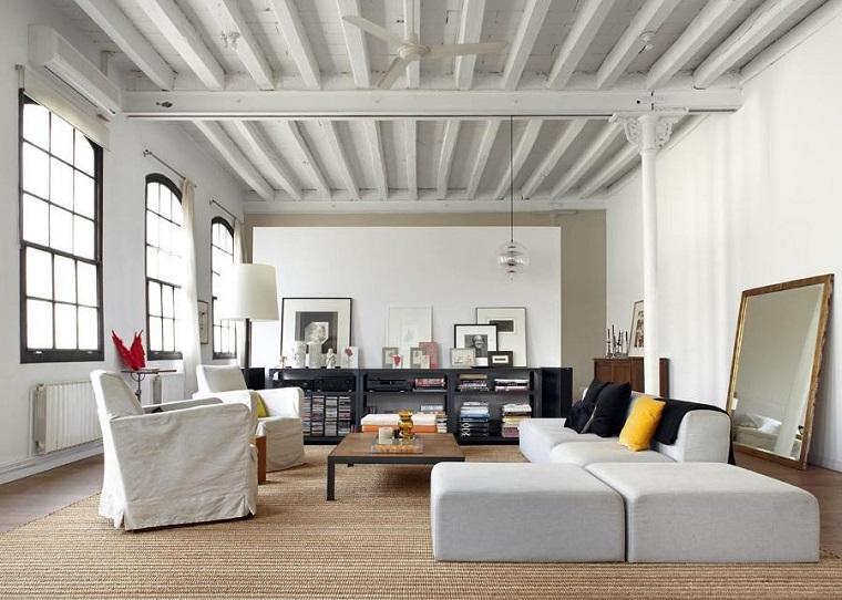 trave bianca legno soffitto semplice